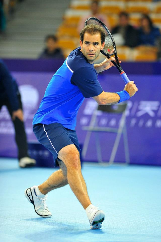 pete-sampras-backhand.jpg